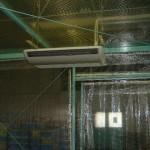 工場内のエアコンブース2