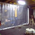 工場内の風除けカーテン2