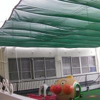 保育園の屋上テラス紫外線避けスクリーン工事2