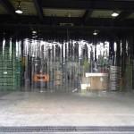 工場入口のスリットカーテン2|アキレスミエール使用
