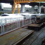 スライド式で可動するテント倉庫