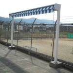 プールサイドテントの独立ロールオーニング2