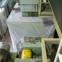 中型テント生地による防臭用機械カバー