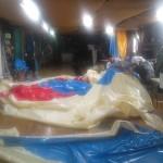 テント製作中